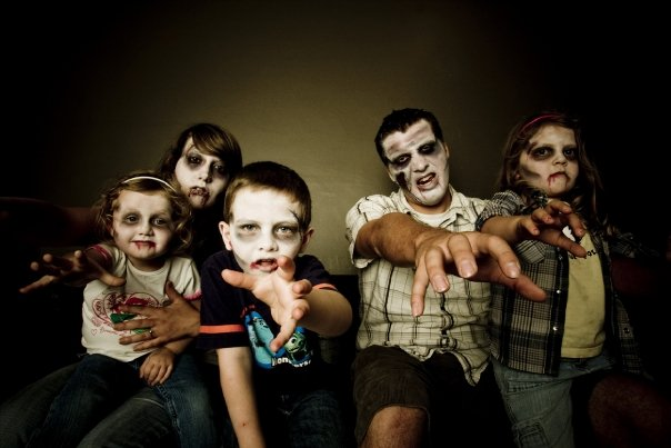 fun family picture ideas for christmas cards - Zombie Family MakeUp